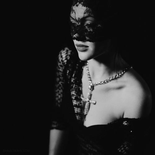 чёрно-белый женский портрет  Харькоф фото