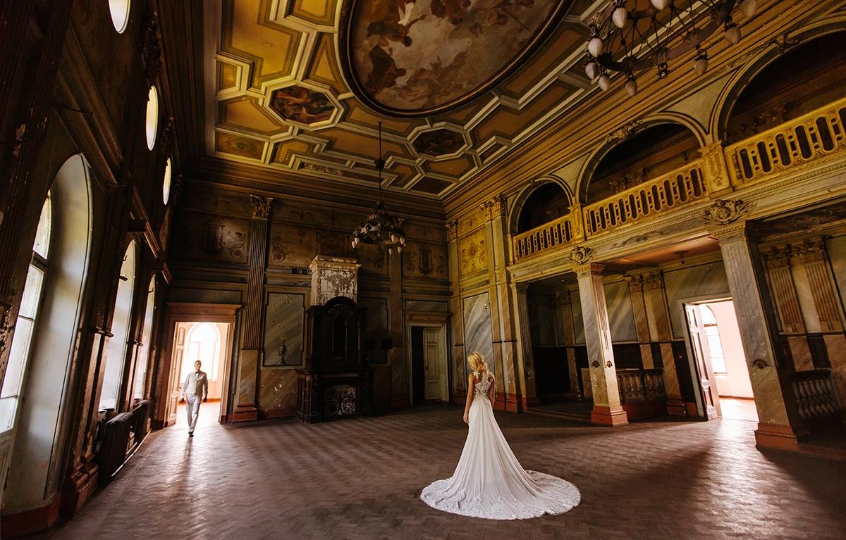 Шаровский замок Шаровка свадьба в Шаровке фотосессия в Шаровке фото