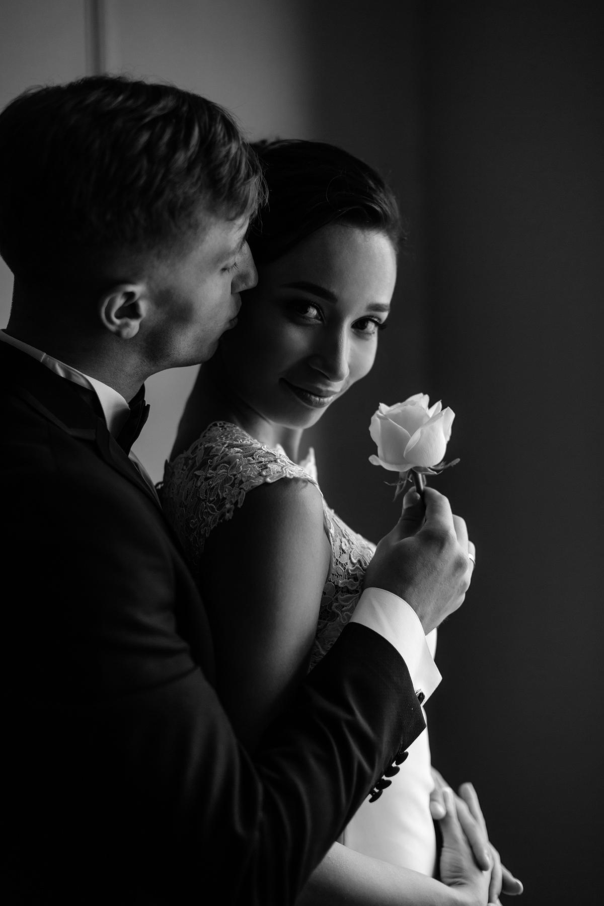 черно-белая свадебная портретная фотография харьков