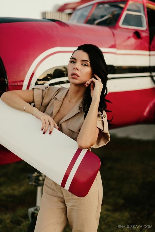 женская женская фотосессия с самолётами Харьков фото