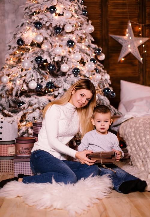 новогодняя семейная фотосессия с ребёнком Харьков фото