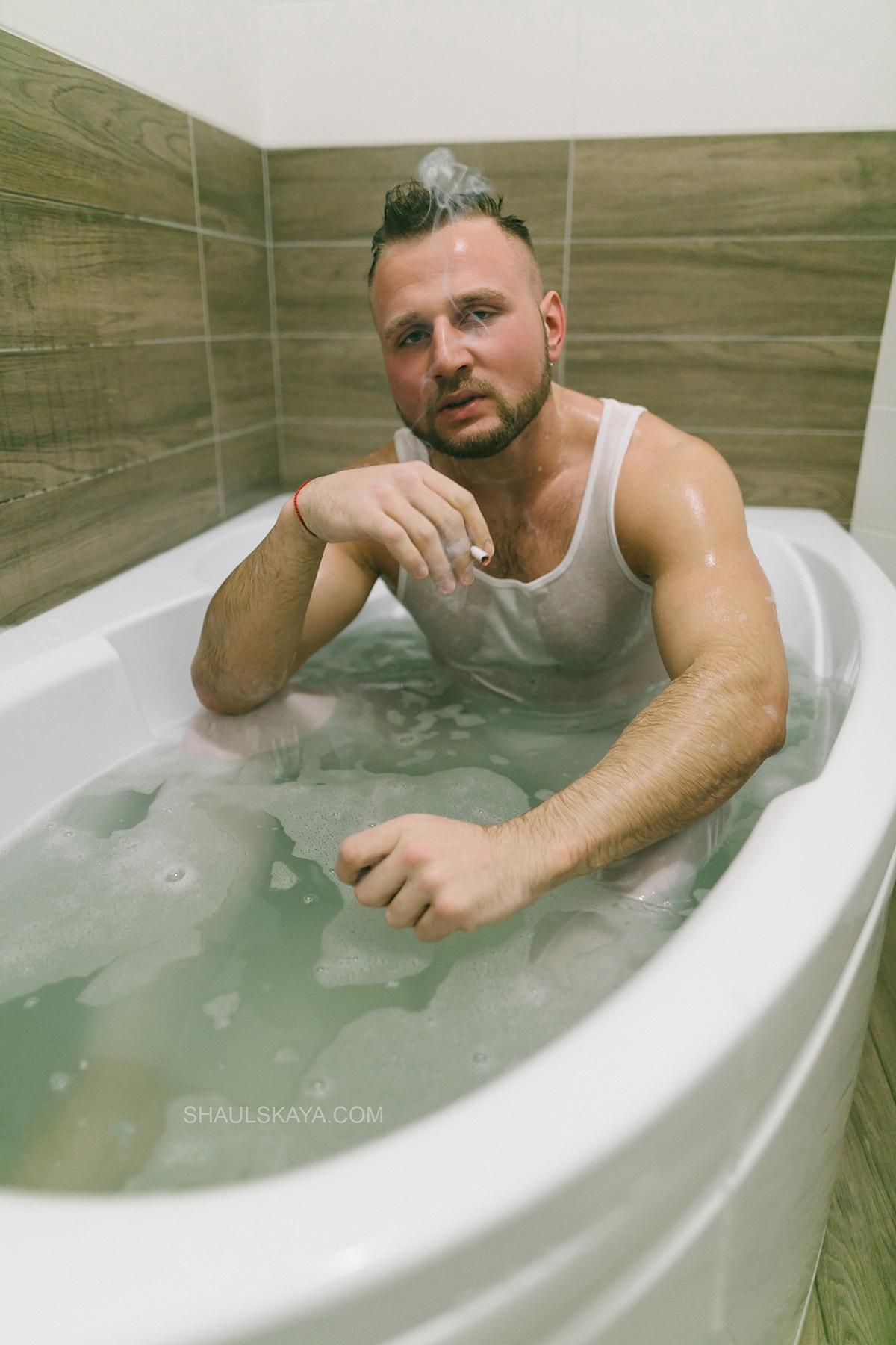 мужская фотосессия в ванной Харьков фото